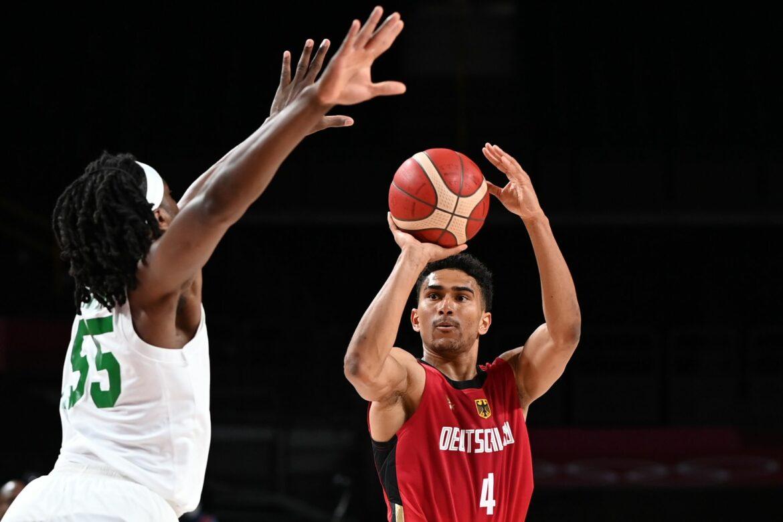 Basketball-Nationalspieler Lo verlängert bei Alba Berlin